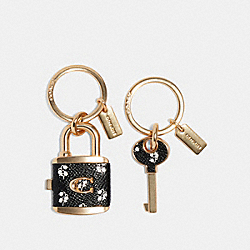 LOCK AND KEY BAG CHARM KEY RING - GD/BLACK - COACH F76451