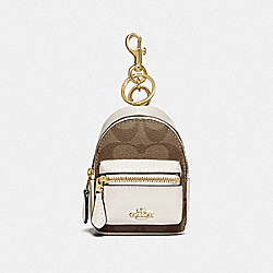 BACKPACK COIN CASE IN SIGNATURE CANVAS - IM/KHAKI/CHALK - COACH F76937