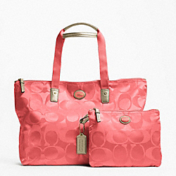 COACH GETAWAY SIGNATURE NYLON PACKABLE WEEKENDER - BRASS/CORAL - F77321