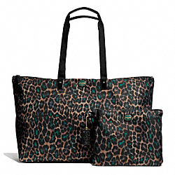 COACH GETAWAY OCELOT PRINT LARGE PACKABLE WEEKENDER - BRASS/JADE MULTICOLOR - F77460