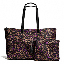 COACH GETAWAY OCELOT PRINT LARGE PACKABLE WEEKENDER - SILVER/VIOLET MULTI - F77460