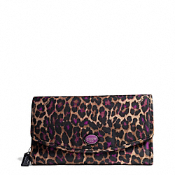 COACH GETAWAY OCELOT PRINT COSMETIC KIT - ONE COLOR - F77474