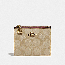 SNAP CARD CASE IN SIGNATURE CANVAS - LIGHT KHAKI/ROUGE/GOLD - COACH F78002