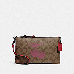 LARGE WRISTLET 25 IN SIGNATURE CANVAS WITH CHERRY MOTIF - QB/KHAKI MULTI - COACH F78304