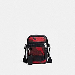 TERRAIN CROSSBODY IN SIGNATURE CANVAS WITH CAMO PRINT - QB/OXBLOOD MULTI - COACH F79910