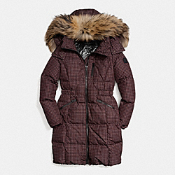 COACH GINGHAM CHECK LONG DOWN COAT WITH FUR TRIM - BROWN/BLACK - F84580