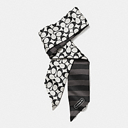 COACH SIGNATURE C PONYTAIL SCARF - BLACK WHITE/BLACK - F85126