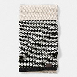 COACH CHECK KNIT SCARF - CREAM/BLACK - F85133