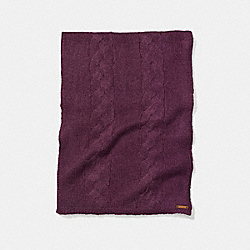 COACH LOOSE CABLE SCARF - BRIGHT BERRY - F86016