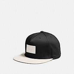 FLAT BRIM HAT IN COLORBLOCK LEATHER - f86475 - BLACK/CHALK