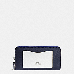 ACCORDION ZIP WALLET IN COLORBLOCK CROSSGRAIN LEATHER - f86858 - SILVER/MIDNIGHT