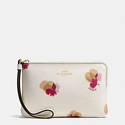CORNER ZIP WRISTLET IN FIELD FLORA PRINT COATED CANVAS - f86926 - IMITATION GOLD/CHALK MULTI