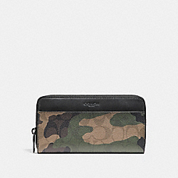 COACH ACCORDION WALLET IN SIGNATURE CAMO PRINT COATED CANVAS - MAHOGANY/DARK GREEN CAMO - F87189