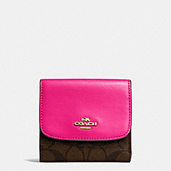 COACH SMALL WALLET IN SIGNATURE COATED CANVAS - IMITATION GOLD/BROWN - F87589