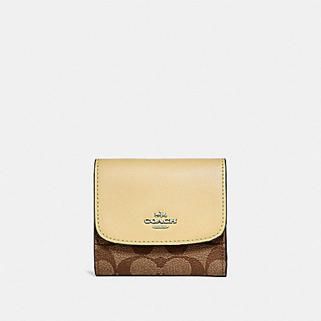 COACH SMALL WALLET IN SIGNATURE CANVAS - khaki/vanilla/silver - f87589