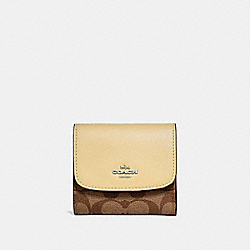 SMALL WALLET IN SIGNATURE CANVAS - KHAKI/VANILLA/SILVER - COACH F87589