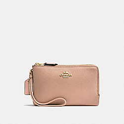 DOUBLE CORNER ZIP WALLET IN POLISHED PEBBLE LEATHER - f87590 - IMITATION GOLD/NUDE PINK