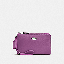 COACH DOUBLE CORNER ZIP WALLET IN POLISHED PEBBLE LEATHER - SILVER/MAUVE - F87590