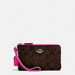 COACH DOUBLE CORNER ZIP WALLET IN SIGNATURE COATED CANVAS - IMITATION GOLD/BROWN - F87591