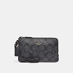 DOUBLE CORNER ZIP WRISTLET IN SIGNATURE CANVAS - BLACK SMOKE/BLACK/SILVER - COACH F87591