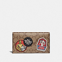 STAR WARS X COACH LARGE UNIVERSAL PHONE CASE IN SIGNATURE CANVAS WITH PATCHES - QB/TAN - COACH F88110