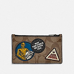 STAR WARS X COACH ZIP CARD CASE IN SIGNATURE CANVAS WITH PATCHES - QB/TAN - COACH F89056