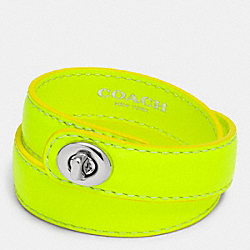 C.O.A.C.H. DOUBLE WRAP TURNLOCK BRACELET - SILVER/GLO LLIGHT GOLDE - COACH F90449