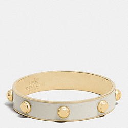 COACH HALF INCH ENAMEL RIVET BANGLE - GOLD/CHALK - COACH F90519