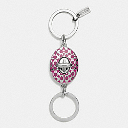 COACH SIGNATURE TURNLOCK VALET KEY RING - SILVER/MAGENTA - F92190