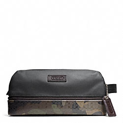 COACH HERITAGE SIGNATURE CANVAS TRAVEL KIT - ONE COLOR - F93228
