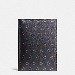 COACH PASSPORT CASE IN FOULARD PRINT COATED CANVAS - DIAMOND FOULARD - F93581
