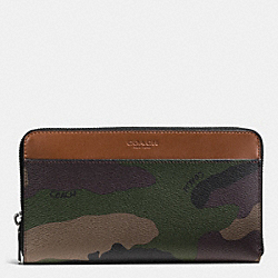 TRAVEL WALLET IN CAMO PRINT COATED CANVAS - GREEN CAMO - COACH F93589