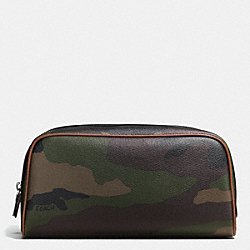TRAVEL KIT IN CAMO PRINT COATED CANVAS - f93590 - GREEN CAMO