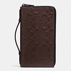 DOUBLE ZIP TRAVEL ORGANIZER IN SIGNATURE CROSSGRAIN LEATHER - f93592 - MAHOGANY