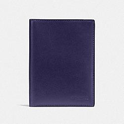 PASSPORT CASE - QB/CADET - COACH F93604