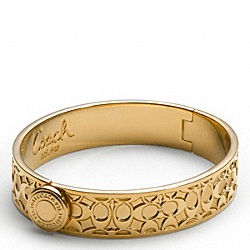 COACH HALF INCH HINGED SIGNATURE BANGLE - GOLD/GOLD - F94613