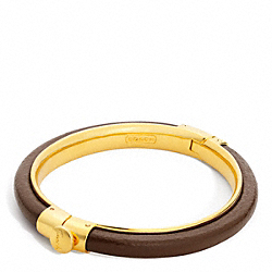 LEATHER HINGED BANGLE - f96251 - GOLD/COGNAC