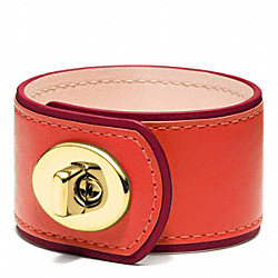 MEDIUM LEATHER TURNLOCK CUFF - BRASS/ORANGE - COACH F96319