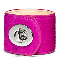 COACH LARGE HAIRCALF TURNLOCK CUFF - SILVER/FUCHSIA - F96320