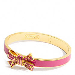 COACH THIN SIGNATURE HINGED BOW BANGLE - ONE COLOR - F96621