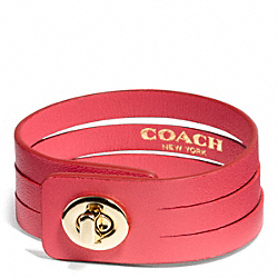BUNCHED LEATHER SMALL TURNLOCK BRACELET - GOLD/RED - COACH F99625