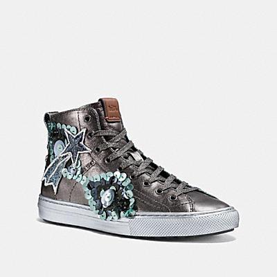C216 星星徽章休閒鞋