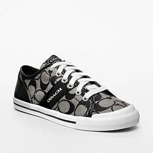 Coach - Fillmore- Vulcanized Stripe Sneaker Black/wht/black Trim 10 B