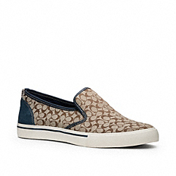 COACH KENNETH SLIP-ON SNEAKER - KAHKI/NAVY - Q1850