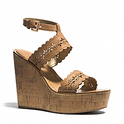 GENA WEDGE - GINGER - COACH Q3605