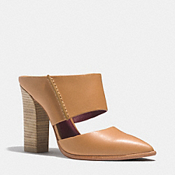 FORTUNE HEEL - GINGER - COACH Q4400