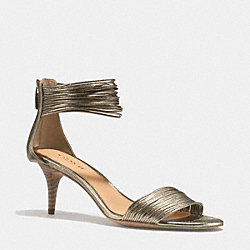 COACH MANYA HEEL - LIGHT GOLD - Q4517
