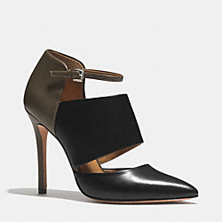 COACH HEART HEEL - BLACK/OLIVE FATIGUE - Q4650