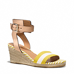 HELEN WEDGE - q5040 - SUNGLOW WHITE/NATURAL