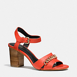COACH Q6604 - PHOEBE HEEL  CORAL/CORAL